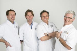 foto team kneeclinic 650
